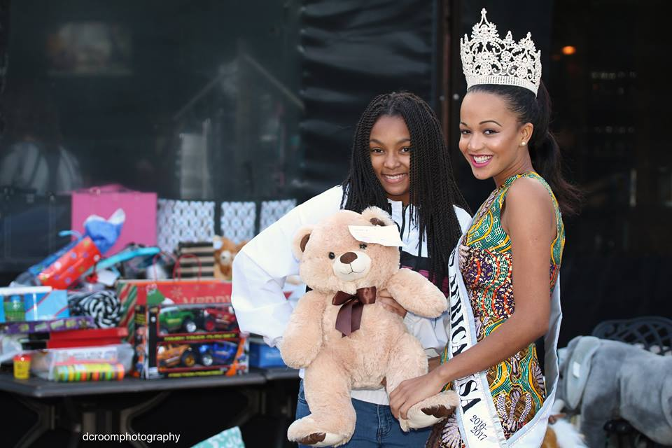 Christmas Toy Drive With The Queen: Its All About Putting A Smile On A Child's Face
